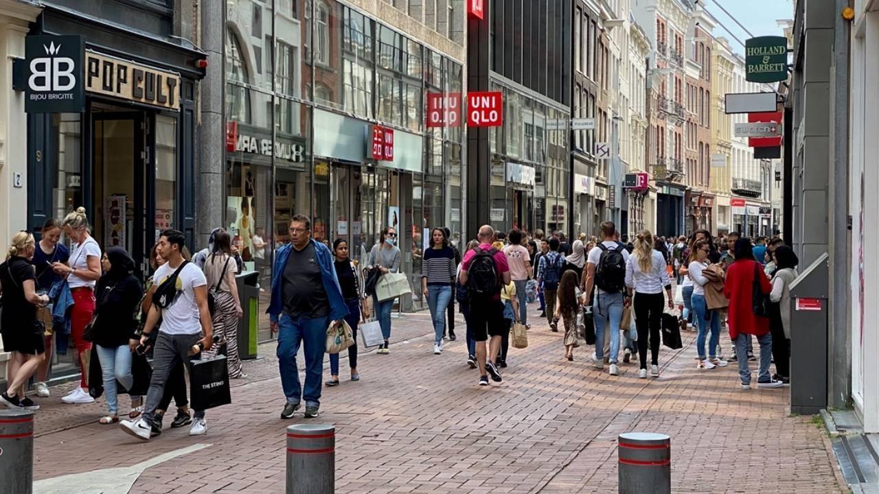 """Hollanda'da """"riskli ülkelere seyahat"""" kuralları değiştirildi"""