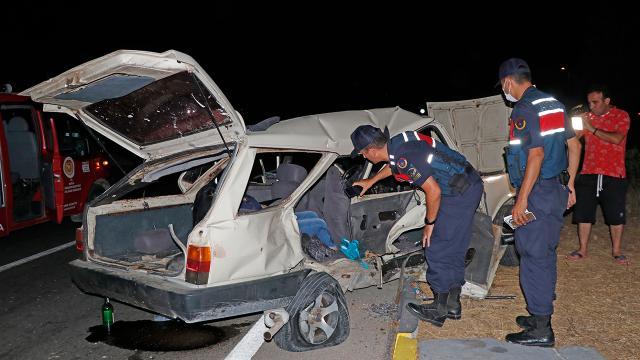 Muğlada iki araç çarpıştı: 3 ölü, 5 yaralı