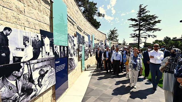İstanbul Valiliğinden Demokrasi ve Özgürlükler Adasına gezi programı