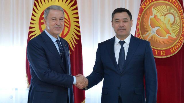 Milli Savunma Bakanı Hulusi Akar Kırgızistanda