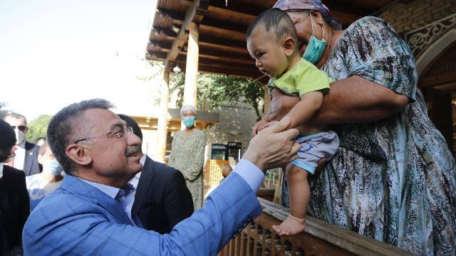 Cumhurbaşkanı Yardımcısı Oktay, Buhara şehrini ziyaret etti