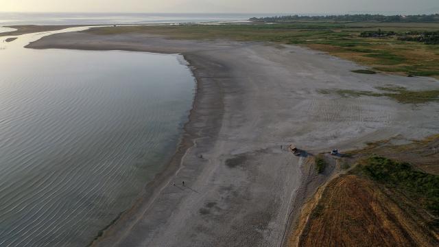 Kuraklık ve aşırı buharlaşma Van Gölü havzasındaki su kaynaklarını olumsuz etkiliyor