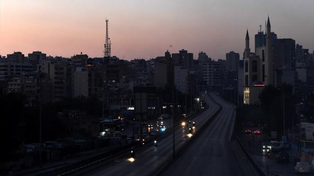 Lübnanda elektrikler tamamen kesildi