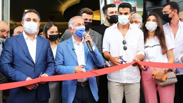 Beşiktaşlı futbolcu Necip Uysalın ismi spor tesisine verildi