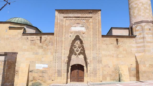 """""""Kapadokyanın giriş kapısı"""" Niğde, tarihi ve doğal güzellikleriyle cezbediyor"""