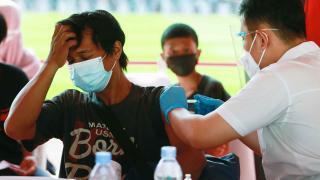 Endonezya'da koronavirüs kısıtlamaları uzatıldı