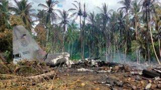 Filipinler'de düşen askeri uçağın karakutusu bulundu