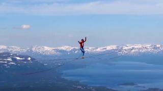 600 metre yükseklikte 2,1 kilometre yürüdüler
