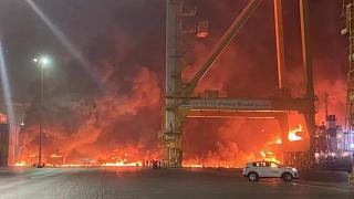 Dubai'de patlama ve yangın