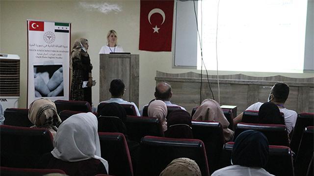 Barış Pınarı bölgesinde ebelik semineri düzenlendi