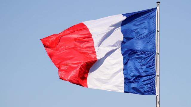 Fransada tartışmalı yasa onaylandı