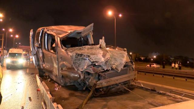 İstanbulda 4 araç kazaya karıştı