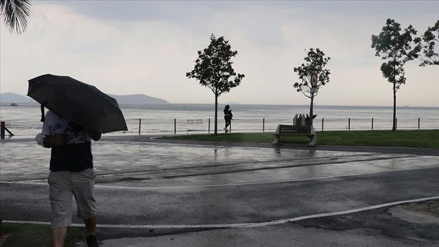 İstanbul çevrelerinde sağanak bekleniyor