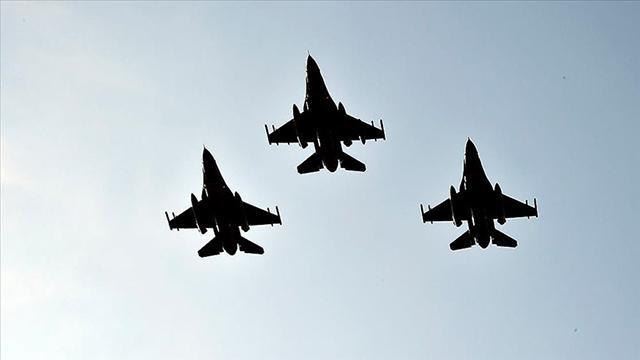 Türk ve ABD jetleri, Polonya ve İzlandada NATO devriyesi yapacak