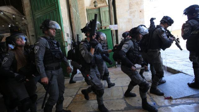 122 fanatik Yahudi Mescid-i Aksaya baskın düzenledi