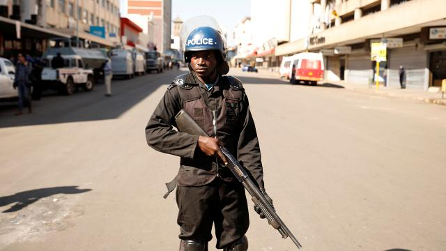 Zimbabvede maden kazası: 8 kişi hayatını kaybetti