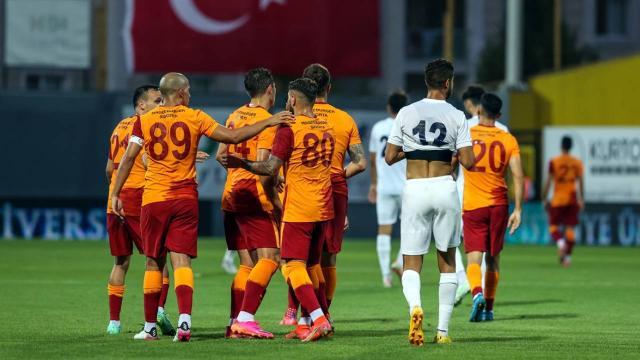 Galatasaray, hazırlık maçında Kasımpaşayı 4-2 yendi