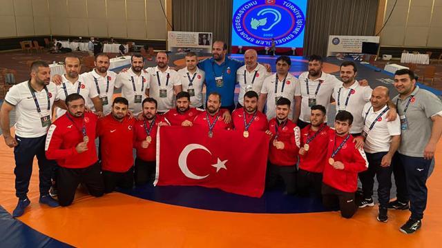 İşitme engelli milli sporculardan 8i altın 29 madalya