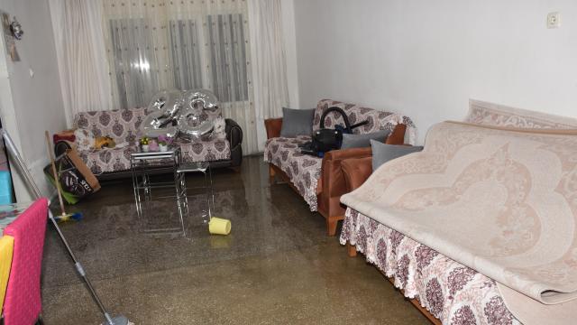 Kızılcahamamda sağanak nedeniyle bazı evleri su bastı
