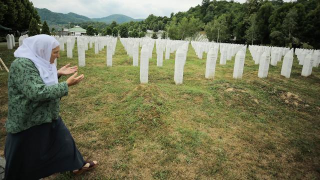TRT, Srebrenista Soykırımı'nı gözler önüne seriyor