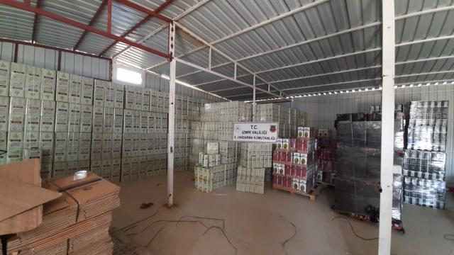 İzmirde taklit sıvı yağ imalathanesine operasyon