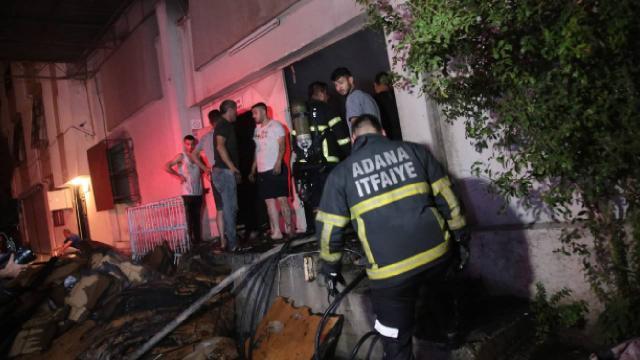 Adanada tekstil atölyesinde yangın