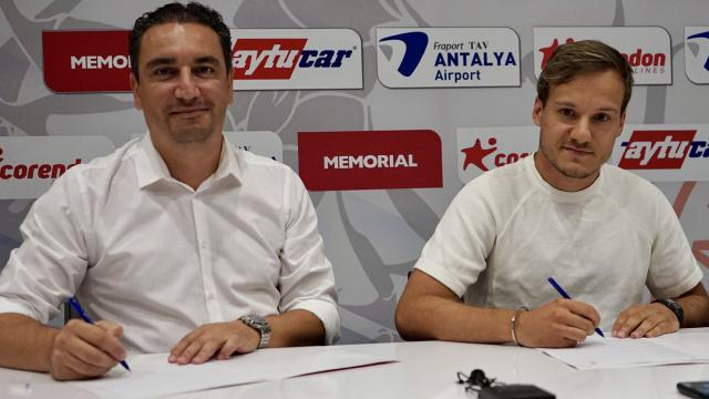 Antalyaspor Deni Milosevici kadrosuna kattı