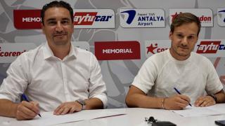 Antalyaspor Deni Milosevic'i kadrosuna kattı