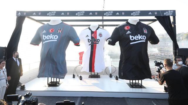 Beşiktaşın yeni sezon formaları tanıtıldı