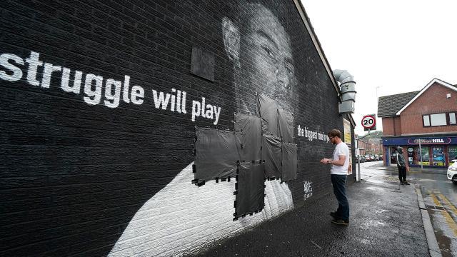 Üç İngiliz futbolcuya yönelik ırkçı saldırılara soruşturma