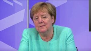 Merkel, çevrim içi toplantıda uyukladı