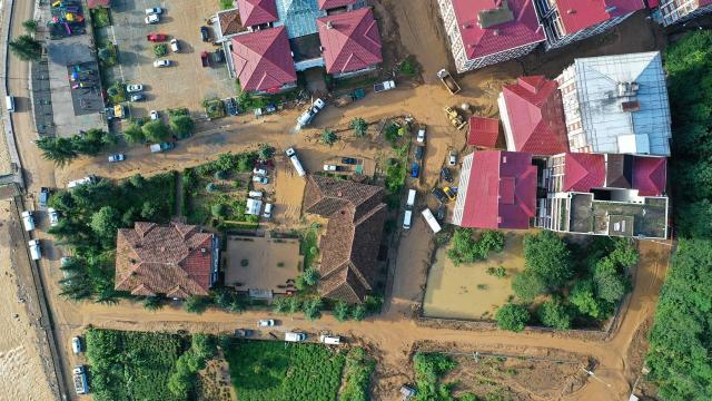 Rizede sağanak önlemi: 112 ev tahliye edildi
