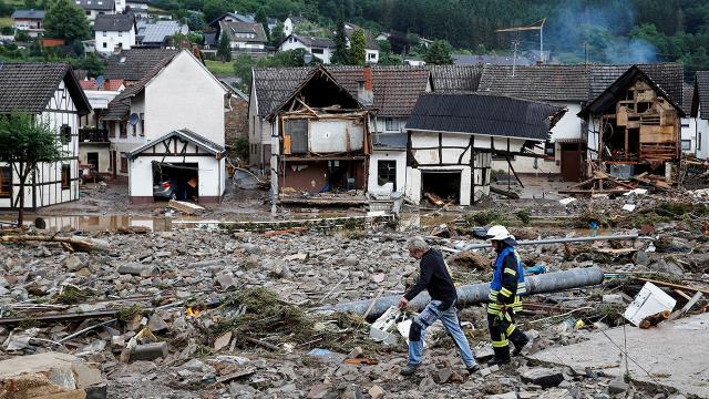 Almanyadaki sellerde can kaybı artıyor