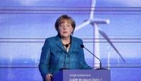 Almanya nükleer enerjiden vazgeçiyor