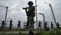 Pakistan Hindistan sınırında Hint askerleri ateş açtı: 2 ölü