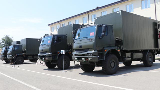 Türkiyeden Gürcistan ordusuna araç desteği