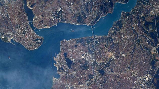 ABDli astronot uzaydan İstanbulu fotoğrafladı: Harika görünüyor