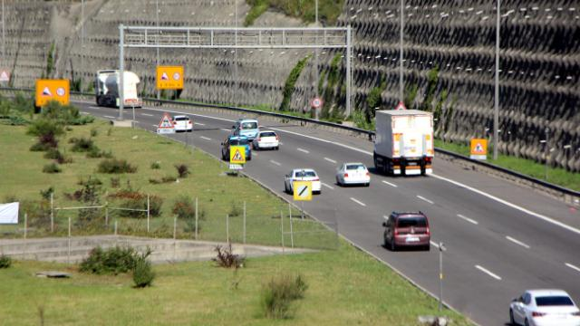 Dönüşler başladı: Bolu geçişinde trafik akıcı
