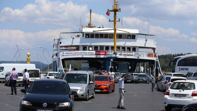 Bozcaada feribot hattına ek sefer