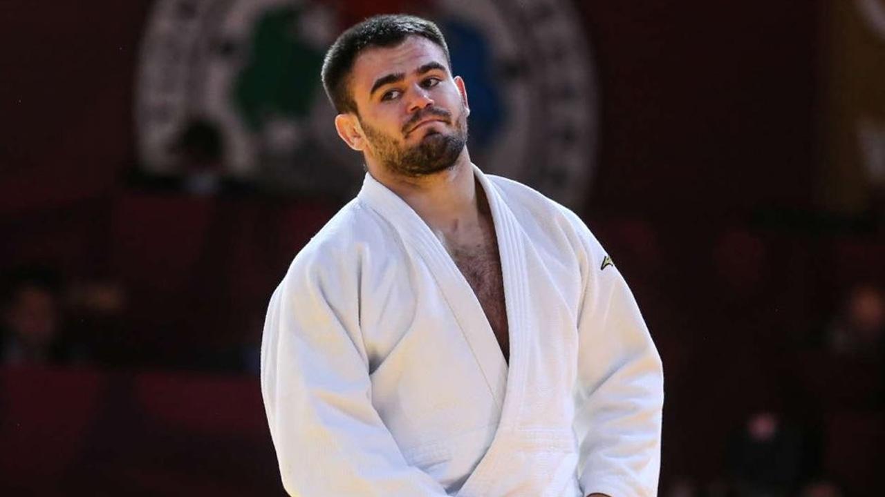 İsrailli rakibiyle eşleşmemek için olimpiyatlardan çekildi