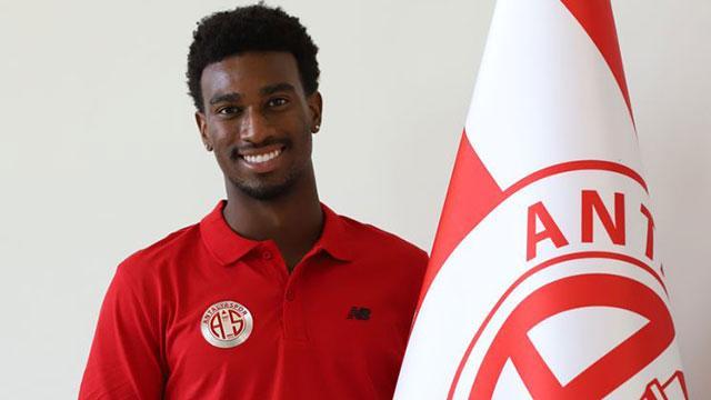 Antalyaspor, ABDli futbolcu Haji Wrightı kadrosuna kattı