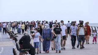 İstanbullular bayramın son gününün tadını çıkarıyor