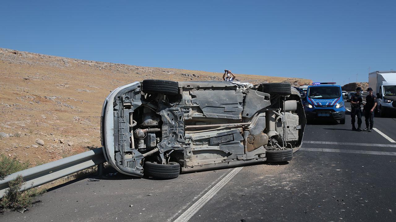 Tatil yolunda 50 kişi hayatını kaybetti