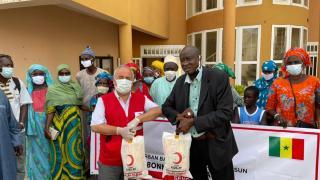 Türk Kızılay Senegal'de ihtiyaç sahiplerine kurban eti ulaştırdı