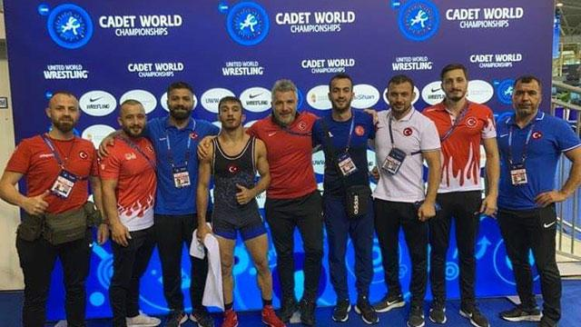Dünya Yıldızlar Güreş Şampiyonasında 2si altın 8 madalya