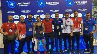 Dünya Yıldızlar Güreş Şampiyonası'nda 2'si altın 8 madalya