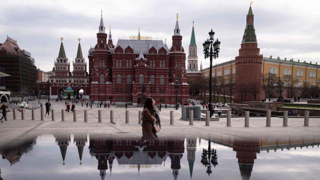 Apple ve Google  Navalny uygulamasını kaldırdı