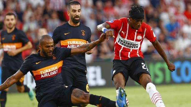 Galatasaray Hollandada farklı yenildi