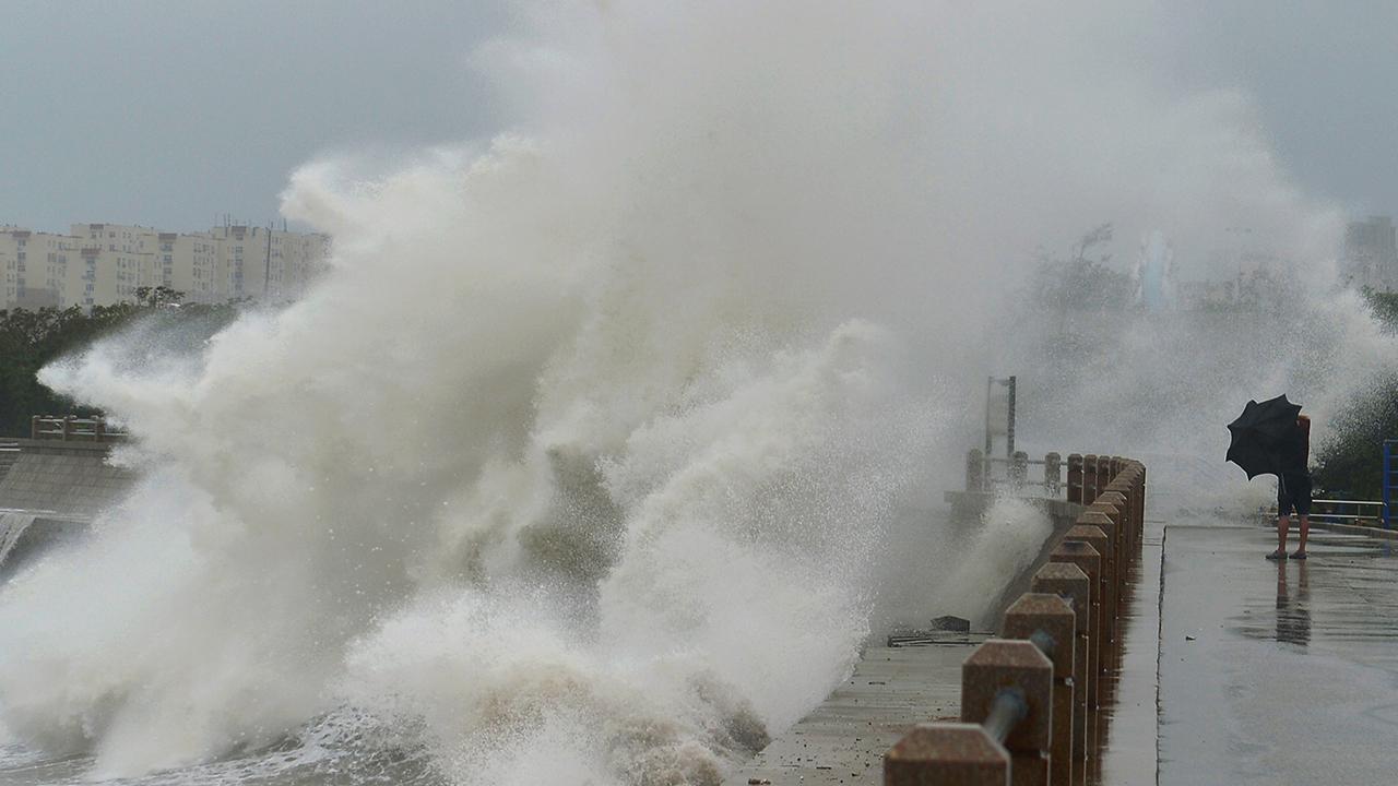 Çin'in doğusunda tayfun uyarısı