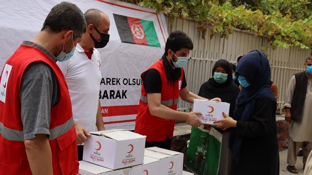 Türk Kızılay Afganistanda binlerce aileye kurban eti dağıttı